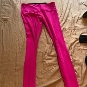Reversible hot pink and black lululemon legging